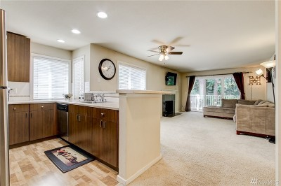 Mill Creek Condo/Townhouse For Sale: 16101 Bothell Everett Hwy #E201