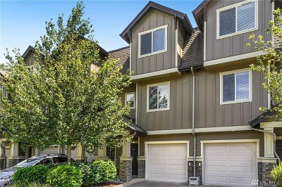 Snohomish Condo/Townhouse For Sale: 1900 Weaver Rd #L104