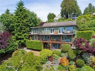 Seattle Single Family Home For Sale: 5921 Atlas Place SW