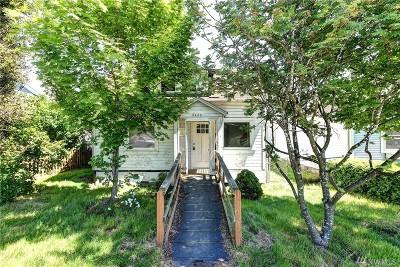 Everett Single Family Home For Sale: 2405 Maple St