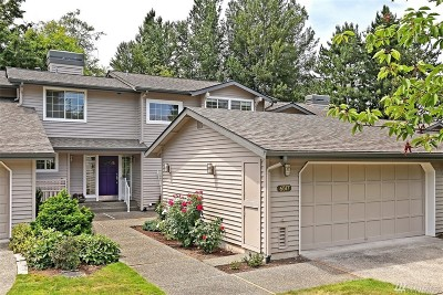 Bellevue Single Family Home For Sale: 6517 113 Place SE