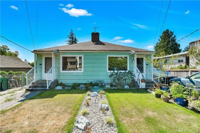 Seattle Multi Family Home For Sale: 6039 5th Ave NW