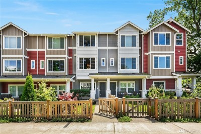 Seattle Single Family Home For Sale: 6582 High Point Dr SW