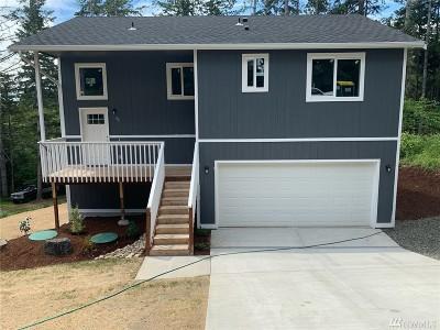 Belfair Single Family Home For Sale: 80 NE Rainier Place