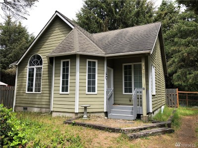 Grays Harbor County Single Family Home For Sale: 410 Volans Ave SW