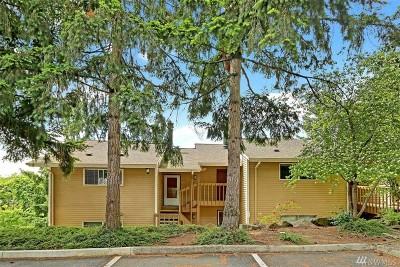 Redmond Condo/Townhouse For Sale: 8632 164th Ave NE #A202