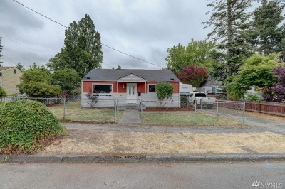 Burien Single Family Home For Sale: 13902 2nd Ave SW