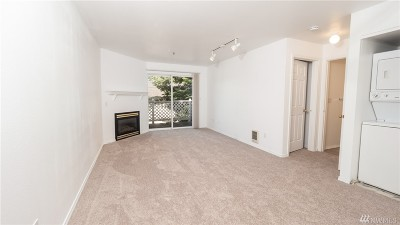 Bellingham Condo/Townhouse For Sale: 2711 W Maplewood Ave #306