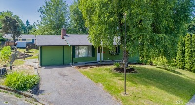 Redmond Single Family Home For Sale: 16807 NE 107th St