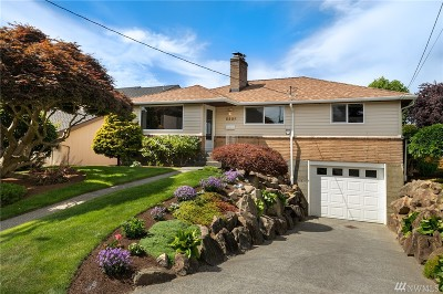 Seattle Single Family Home For Sale: 5408 SW Charlestown St