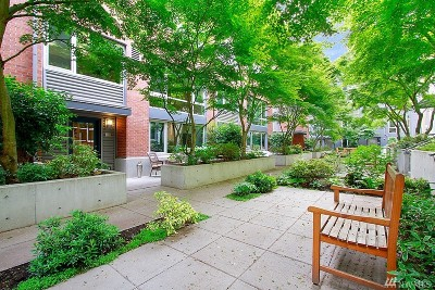 Seattle Condo/Townhouse For Sale: 530 Broadway Ave E #121