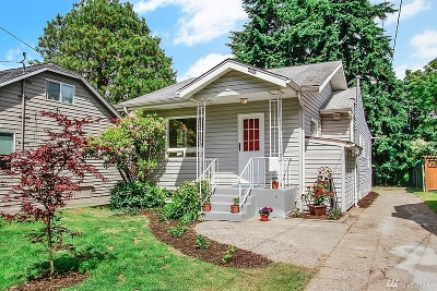 Seattle Single Family Home For Sale: 4860 35th Ave SW