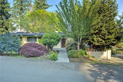 Bellevue Single Family Home For Sale: 2918 165 Ave SE