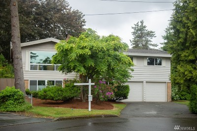 Kirkland Single Family Home For Sale: 8611 133rd Place