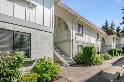 Kirkland Condo/Townhouse For Sale: 12510 NE 117th Place #B1