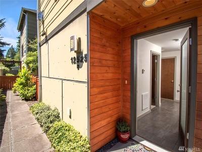 Seattle Condo/Townhouse For Sale: 12525 26th Ave NE #B