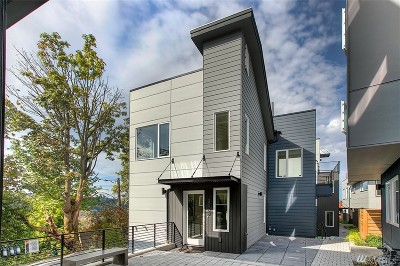 Single Family Home For Sale: 2068 SW Charlestown St