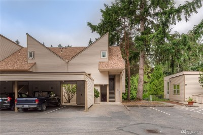 Bellevue Condo/Townhouse For Sale: 4415 NE 145th Ave #H8