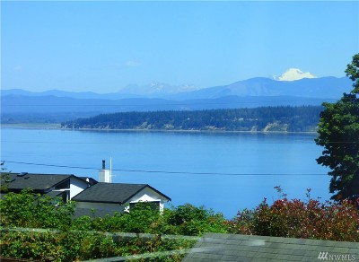 Camano Island Single Family Home For Sale: 2931 Viewmont Place