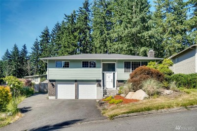 Bothell WA Single Family Home For Sale: $698,000