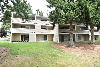 Kirkland Condo/Townhouse For Sale: 12515 NE 132nd Ct #A202