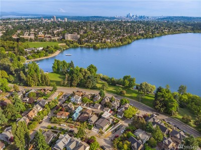 Seattle Single Family Home For Sale: 7418 Meridian Avenue N