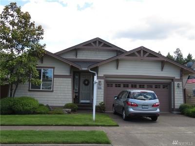 Single Family Home For Sale: 8606 Bainbridge Lp NE
