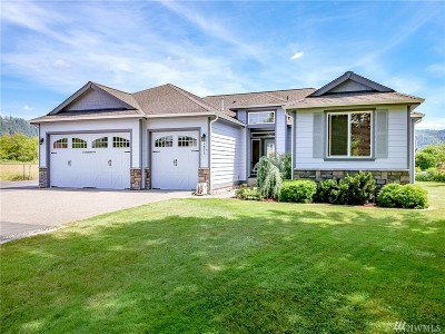 Buckley Single Family Home For Sale: 1833 E Mason Ave