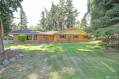 Oak Harbor Single Family Home For Sale: 1584 Links Wy