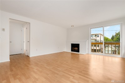 Seattle Condo/Townhouse For Sale: 6513 24th Ave NW #4