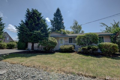 Skagit County Single Family Home For Sale: 1520 E Fir St