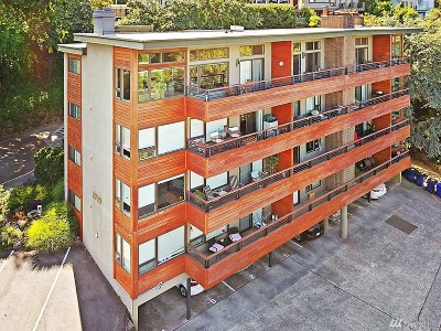 King County Condo/Townhouse For Sale: 1717 5th Ave N #104