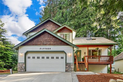Bellingham Single Family Home For Sale: 15 Yearling