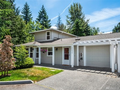 Issaquah Condo/Townhouse For Sale: 22454 SE 37th Terrace #2345