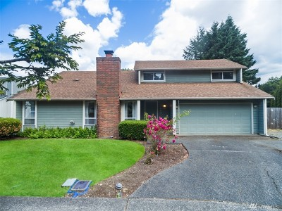 Tacoma Single Family Home For Sale: 11603 Cloverdale Ct SW