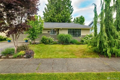 Snohomish Single Family Home For Sale: 72 Pine Ave