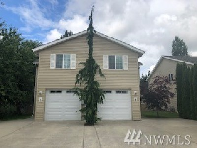 Skagit County Condo/Townhouse For Sale: 1242 Curtis St #B