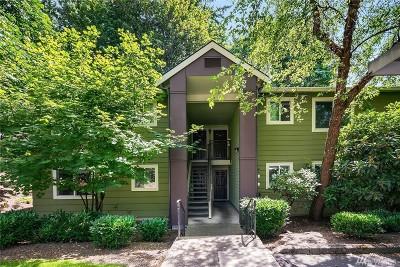 Kirkland Condo/Townhouse For Sale: 12630 100th Lane NE #G-130