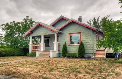Single Family Home For Sale: 317 S Division Lane