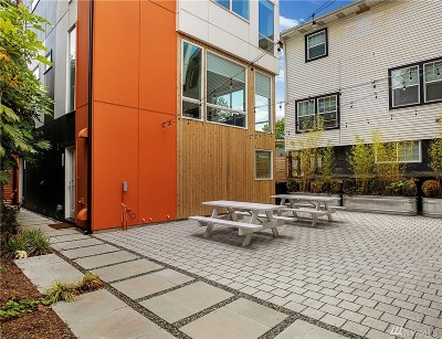 Seattle Single Family Home For Sale: 2517 E Yesler Wy