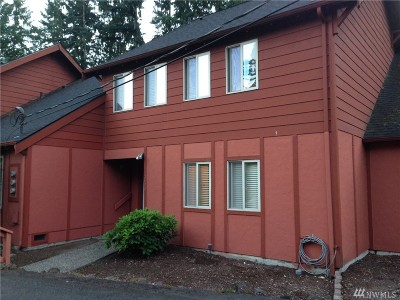 Gig Harbor Condo/Townhouse For Sale: 12822 62nd Ave NW