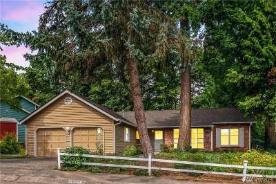 Redmond Single Family Home For Sale: 16212 NE 46th St