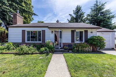 Seattle Single Family Home For Sale: 3549 SW 105th St