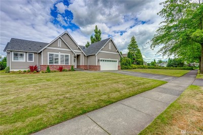 Lynden Single Family Home For Sale: 127 E Homestead Blvd