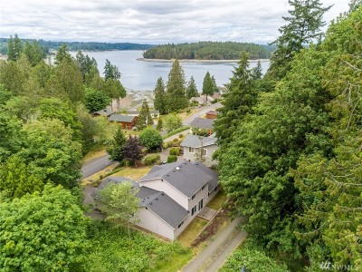 Olympia Single Family Home For Sale: 9834 Mariner Dr NW