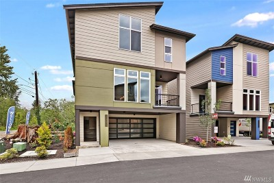 Condo/Townhouse For Sale: 15007 13th Ave W #31