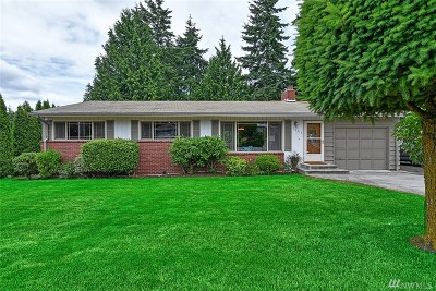 Lynnwood Single Family Home For Sale: 19312 48th Ave W