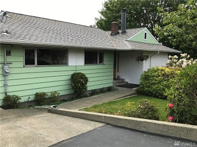 Des Moines Single Family Home For Sale: 205 S 213th St