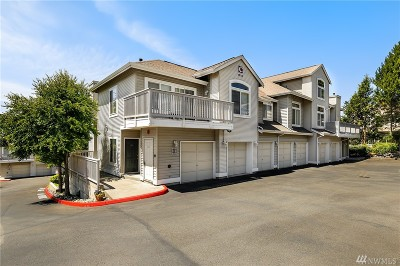 Renton Condo/Townhouse For Sale: 440 S 51st Ct #C301