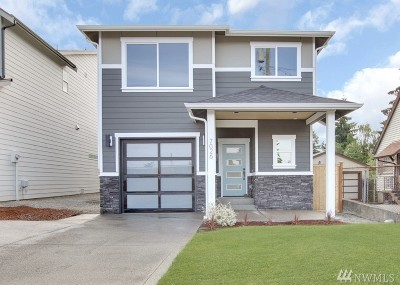Single Family Home For Sale: 7026 S Park Ave